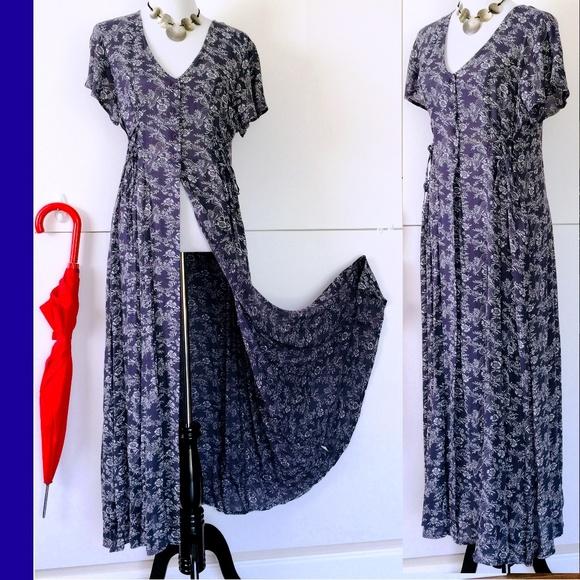 4c27bc436703 Band of Gypsies Navy Floral Maxi Dress Sz M